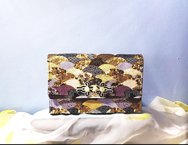 CHAVAH Clutch - Japanese Multi Waves