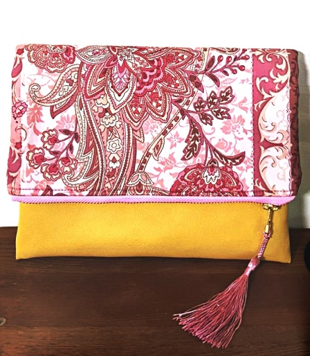 Esther Clutch - Bright Bloom Pink